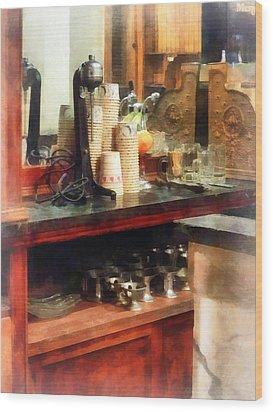 Ice Cream Parlor Wood Print by Susan Savad