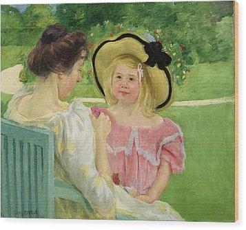 In The Garden Wood Print by Mary Stevenson Cassatt