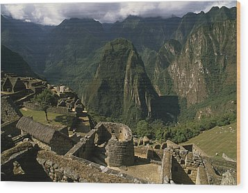 Inca Ruins At Machu Picchu Are Biggest Wood Print by Gordon Wiltsie
