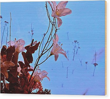Inside Out Floral Design Wood Print by Randy Rosenberger