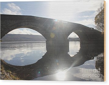Inveraray Bridge Wood Print by David Grant