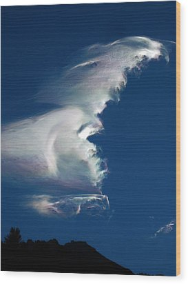 Iridescent Cloud Wave Wood Print by Amelia Racca