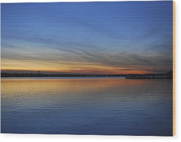 Island Heights At Dusk Wood Print by Terry DeLuco