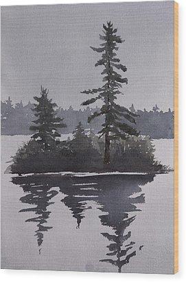 Island Reflecting In A Lake Wood Print by Debbie Homewood