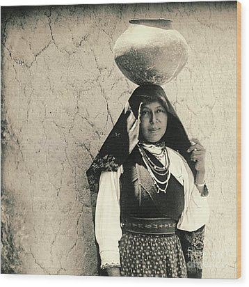 Isleta Pueblo Woman 1910 Wood Print by Padre Art