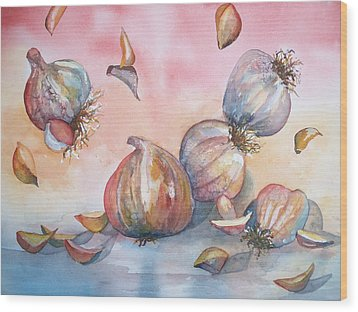 Its Raining Garlic Wood Print by Sandy Collier