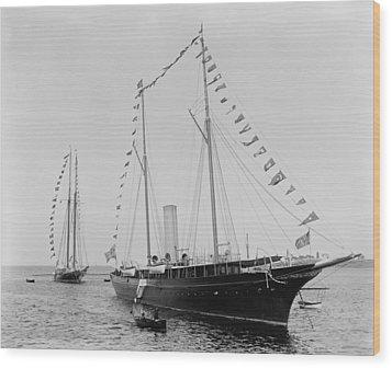 J. Pierpoint Morgans Second Yacht Wood Print by Everett