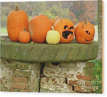 Jack-0-lanterns Wood Print by Lainie Wrightson