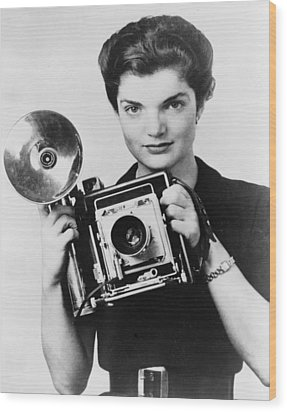 Jacqueline Bouvier As The Inquiring Wood Print by Everett