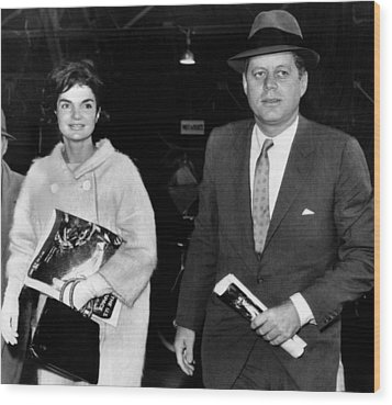 Jacqueline Kennedy And John F. Kennedy Wood Print by Everett