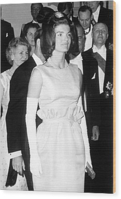 Jacqueline Kennedy At A Dinner To Honor Wood Print by Everett