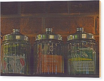 Jars Of Assorted Teas Wood Print by Sandi OReilly