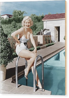 Jean Harlow Poses In Front Of Her Home Wood Print by Everett