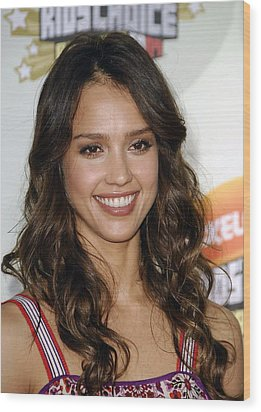 Jessica Alba At Arrivals For 2007 Wood Print
