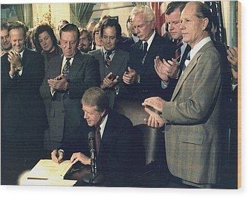 Jimmy Carter Signs Airline Deregulation Wood Print by Everett