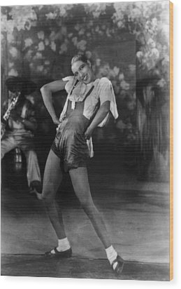 Josephine Baker At The Folies Bergere Wood Print by Everett