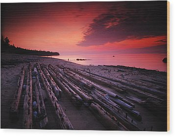 July Fourth Eighteen Eighty Three Shipwreck Wood Print by Mike Thompson