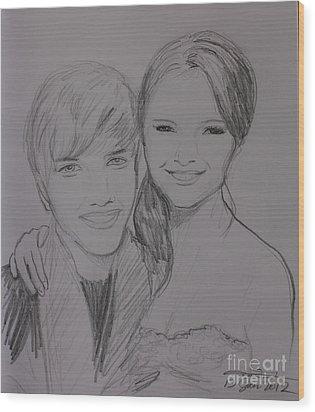 Justin And Selena Wood Print by Amanda Li