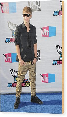 Justin Bieber At Arrivals For 2011 Vh1 Wood Print by Everett