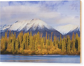 Kathleen Lake And Mountains At Sunrise Wood Print by Yves Marcoux