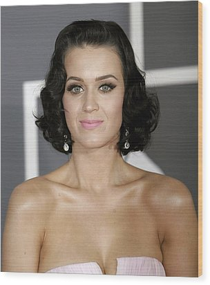 Katy Perry At Arrivals For Arrivals - Wood Print by Everett