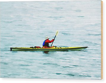 Kayak Out On The Bay Wood Print