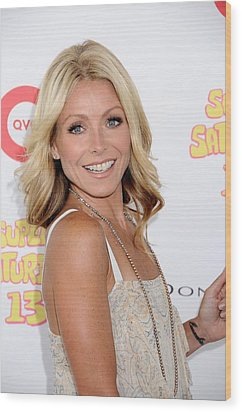 Kelly Ripa In Attendance For Super Wood Print by Everett