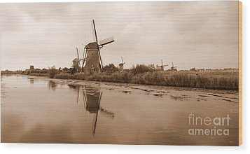 Kinderdijk In Sepia Wood Print by Carol Groenen