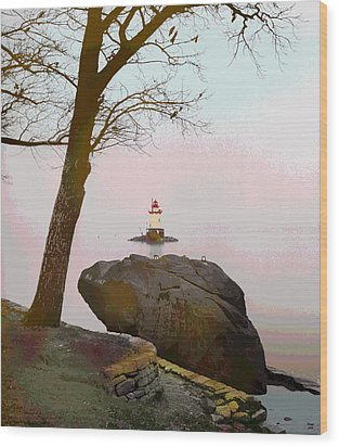 Kingsland Point Park Lighthouse Wood Print by Charles Shoup