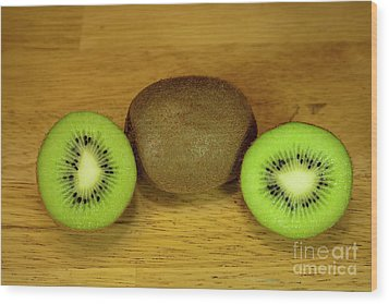 Kiwi Kiwi And More Kiwi Wood Print by Michael Waters