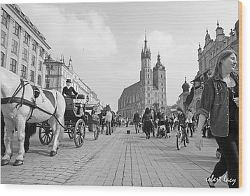 Krakow Carriages Wood Print by Robert Lacy