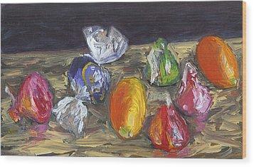 Kumquats And Candy Wood Print by Scott Bennett