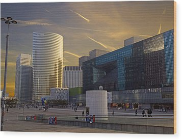 Wood Print featuring the photograph La Defense by Rod Jones