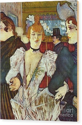 La Goule Arriving At Moulin Rouge Wood Print by Pg Reproductions