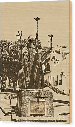 La Rogativa Sculpture Old San Juan Puerto Rico Rustic Wood Print by Shawn O'Brien