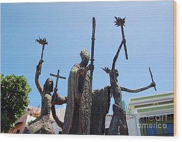 La Rogativa Statue Old San Juan Puerto Rico Wood Print by Shawn O'Brien