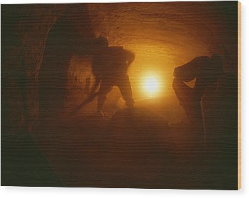 Laborers Clear Rubble From The Tomb Wood Print by Kenneth Garrett