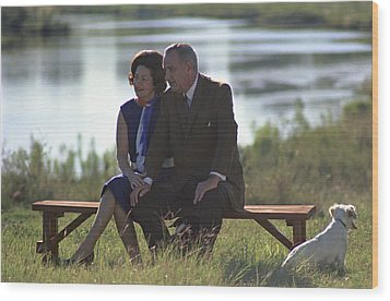 Lady Bird And President Johnson Sit Wood Print by Everett