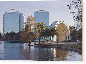 Lake Eola's  Classical Revival Amphitheater Wood Print by Lynn Palmer