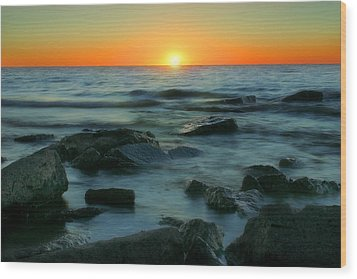 Lake Erie Sunset Wood Print by Cindy Haggerty