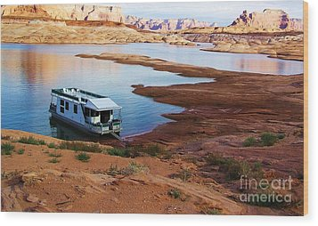 Lake Powell Houseboat Wood Print by Michele Penner