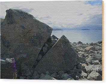 Wood Print featuring the photograph Laughing Rock On Lake Tekapo Foreshore.o by Nareeta Martin