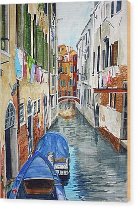 Wood Print featuring the painting Laundry Day In Venice by Tom Riggs