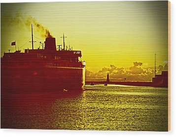 Wood Print featuring the photograph Leaving Port by Randall  Cogle
