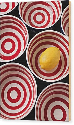 Lemon In Red And White Bowl  Wood Print by Garry Gay