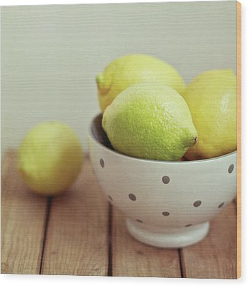 Lemons In Bowl Wood Print