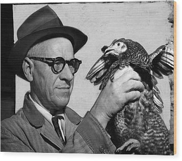 Lester P. W. Wehle, A Live-poultry Wood Print by Everett