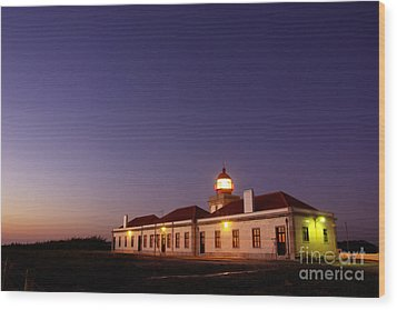 Lighthouse Wood Print by Carlos Caetano