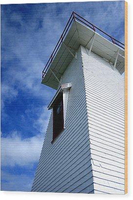 Lighthouse Prince Edward Island Wood Print by Ann Powell