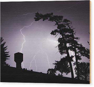 Lighting Tree Wood Print by Ethan  Bryant